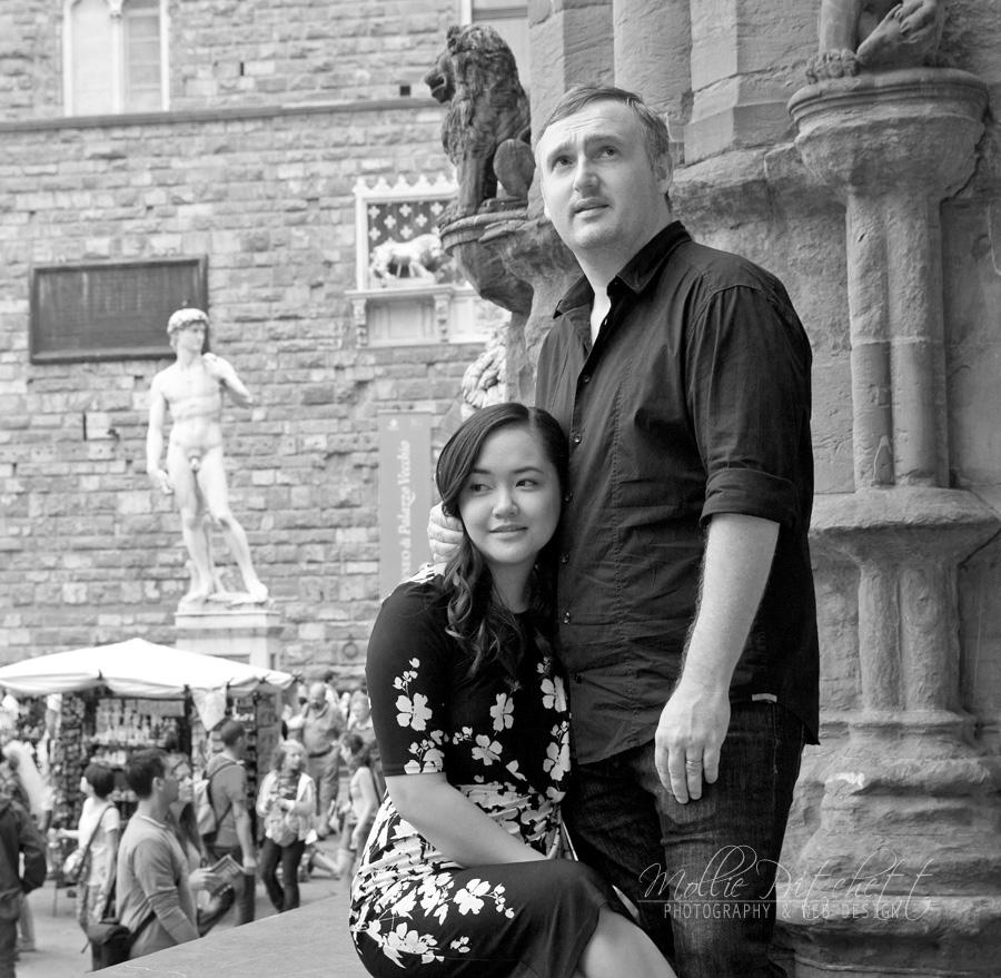 Honeymoon Photo Shoot in Florence Italy near Palazzo Vecchio